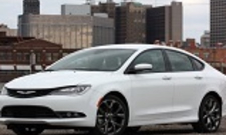 01 2015 chrysler 200s review 1 %281%29