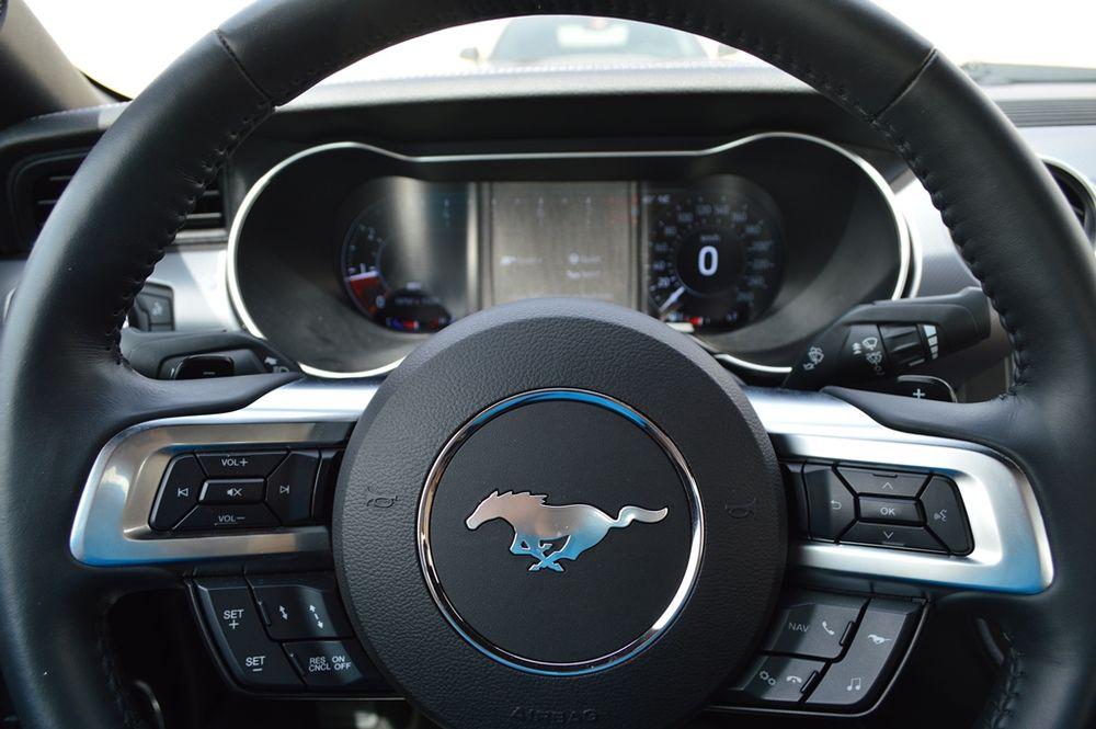 تجربة قيادة: فورد موستنج جي تي 2018 ضد شيفروليه كمارو إس إس 2018
