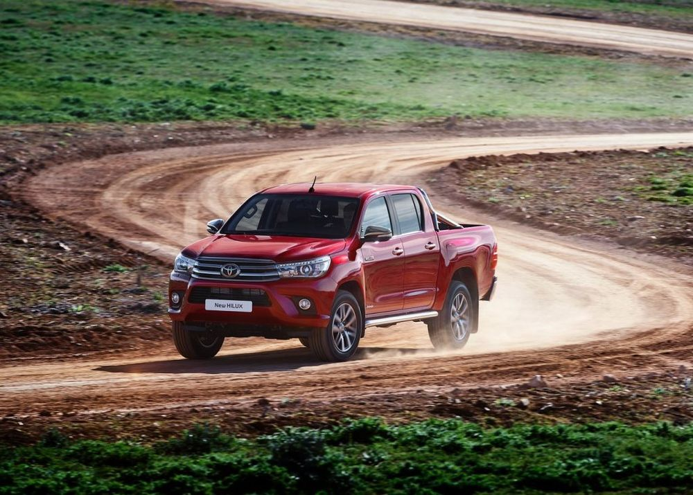 A Quick Glance At The Toyota Hilux 2019 Uae Yallamotor