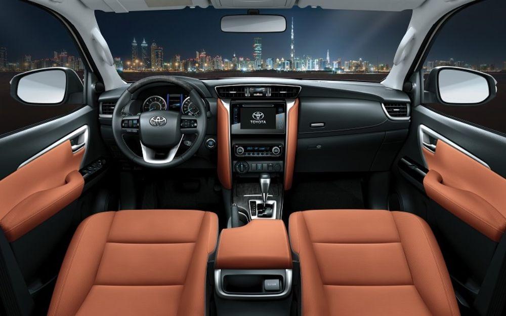 Toyota Fortuner 2019 Interior