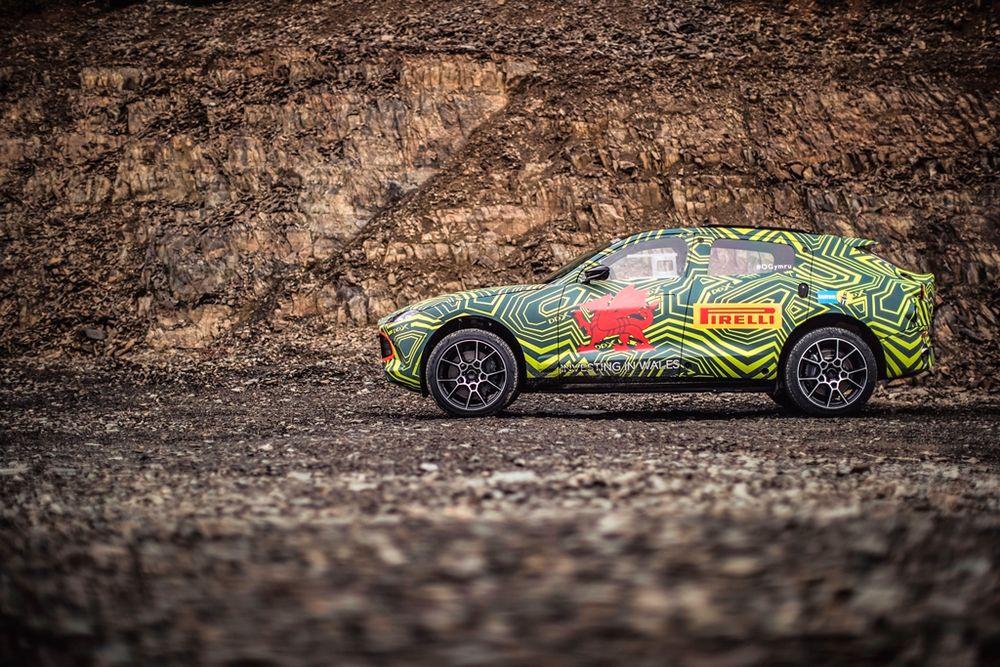 Aston Martin DBX SUV Side
