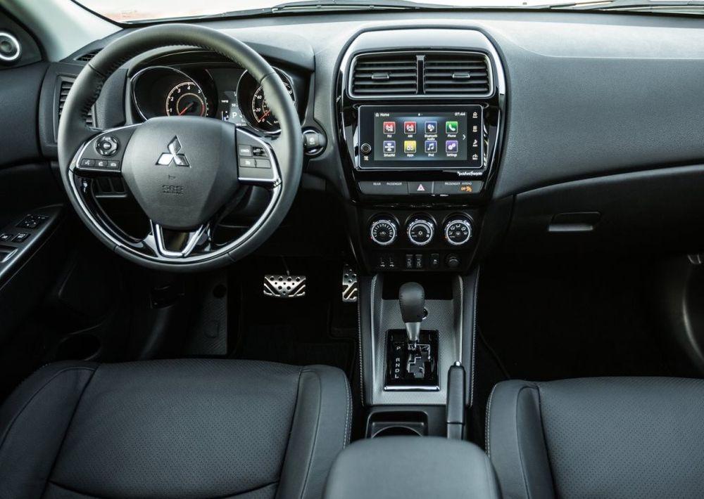 Mitsubishi Outlander 2019 Interior