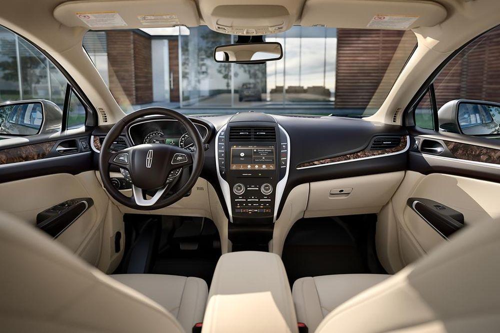 Lincoln MKC 2019 Interior