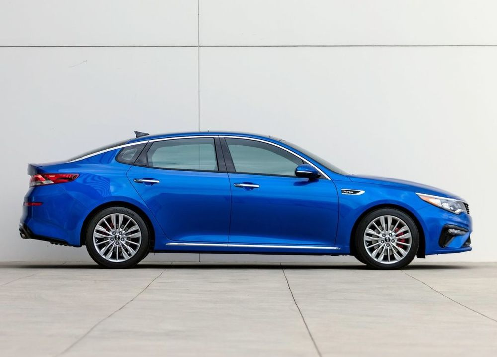 Kia Optima 2019 Side