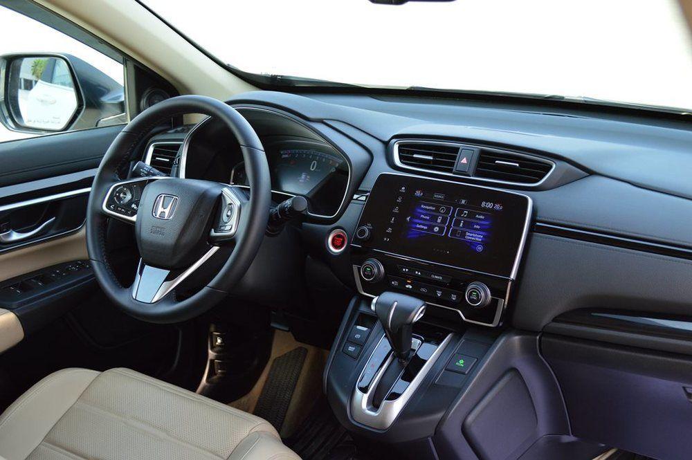 A short review of the Honda CRV 2019   UAE - YallaMotor