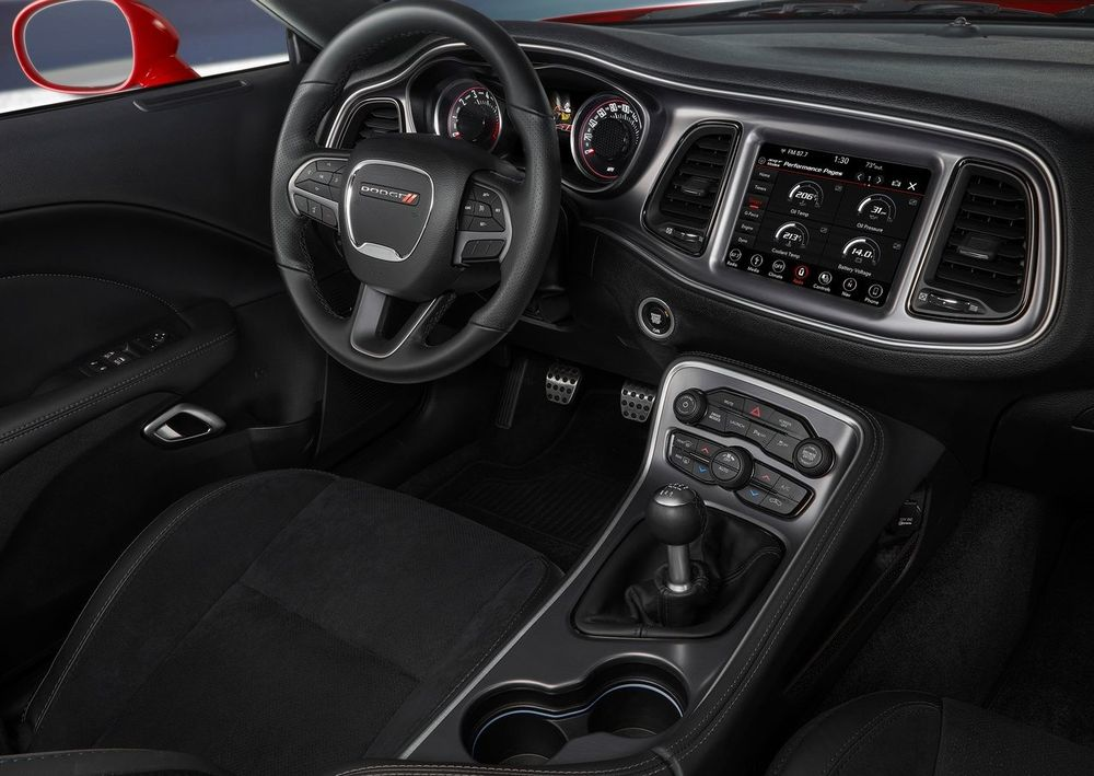 Dodge Challenger 2019 Interior