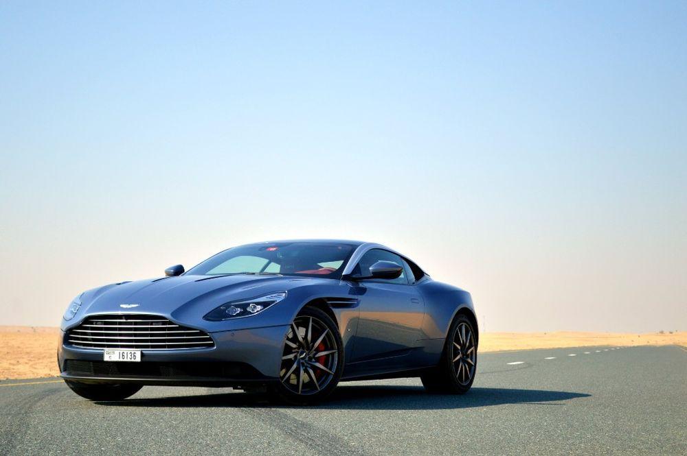 Aston Martin DB11 2019 Review