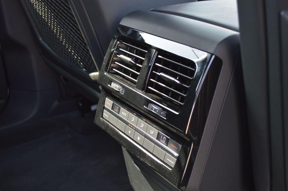 Volkswagen Touareg 2020 Review