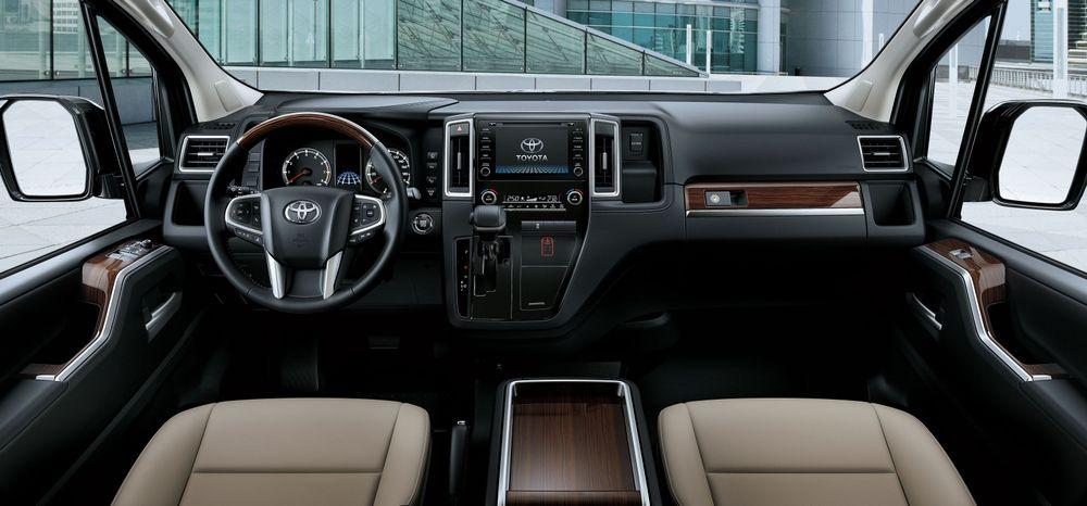 Toyota Granvia Interior