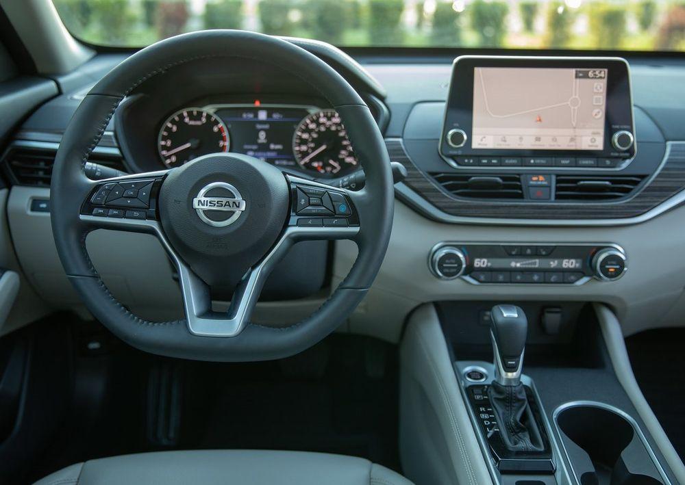 Nissan Altima Interior