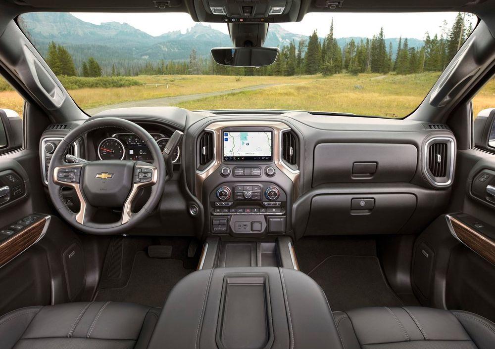 Chevrolet Silverado Interior