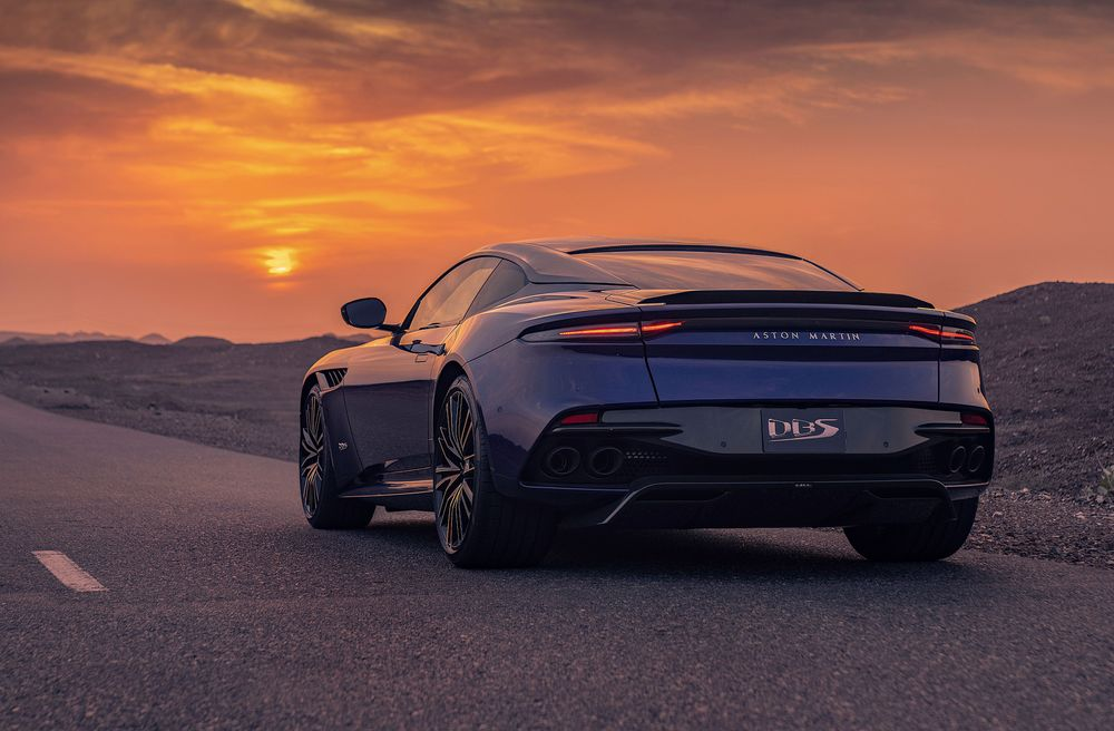 Aston Martin DBS Superleggera Arabesque
