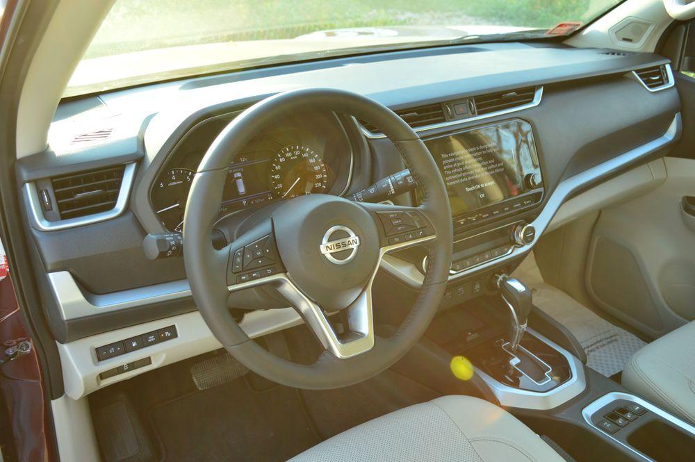 Nissan X-TERRA Interior