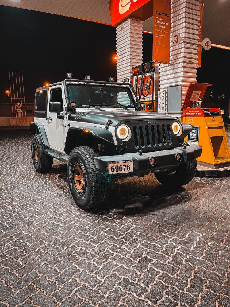 Mahmood Al Waleed - Jeep Wrangler