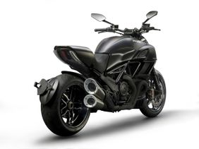 Ducati Diavel Carbon Price In Uae New Ducati Diavel Carbon Photos