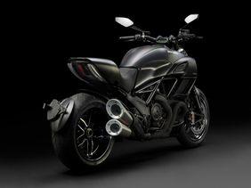 Ducati Diavel Carbon Price In Uae New Ducati Diavel Carbon Photos