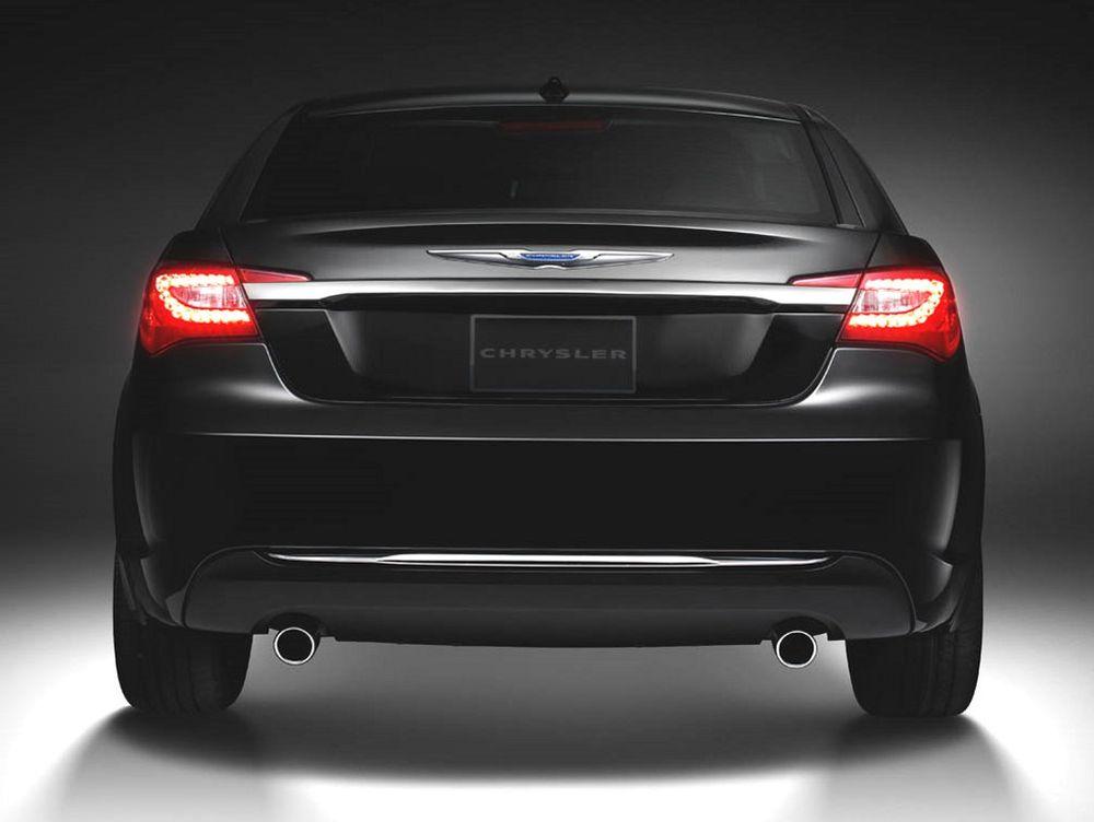 Chrysler 200 2012, United Arab Emirates