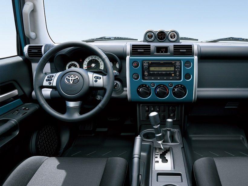 Toyota FJ Cruiser 2013, Qatar