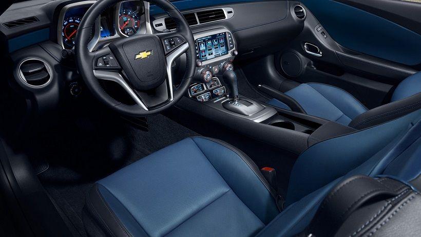 Chevrolet Camaro Coupe 2014, United Arab Emirates