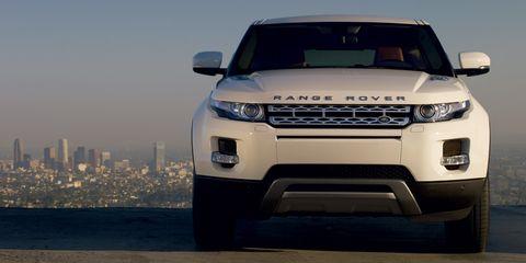 Land Rover Range Rover Evoque 2014 Pure, Kuwait, https://ymimg1.b8cdn.com/resized/car_model/1109/pictures/537575/mobile_listing_main_2014_Land_Rover_Range_Rover_Evoque_Front.jpg