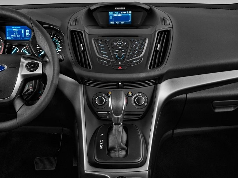 Ford Escape 2014, United Arab Emirates