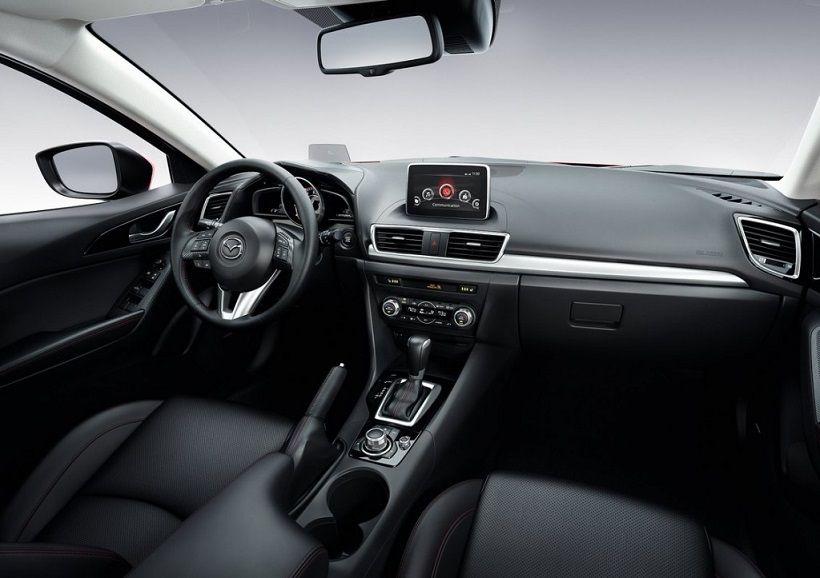 Mazda 3 Sedan 2014, Oman