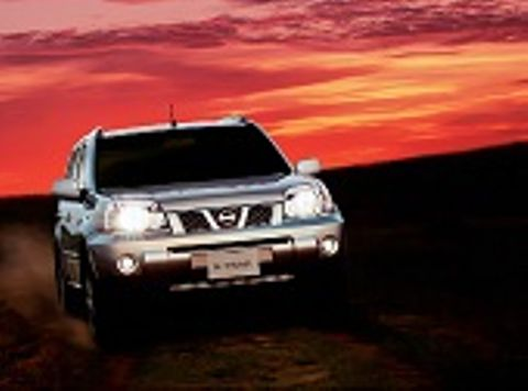 Nissan X-Trail 2014 4WD , Kuwait, https://ymimg1.b8cdn.com/resized/car_model/1203/pictures/303447/mobile_listing_main_xtrail_thumb_view_2013.jpg