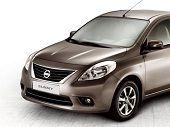 Nissan Sunny 2014, Kuwait