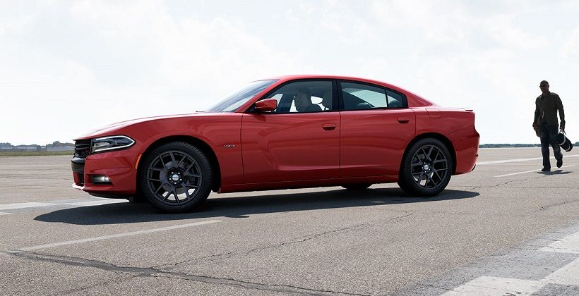 Dodge Charger 2015, Oman