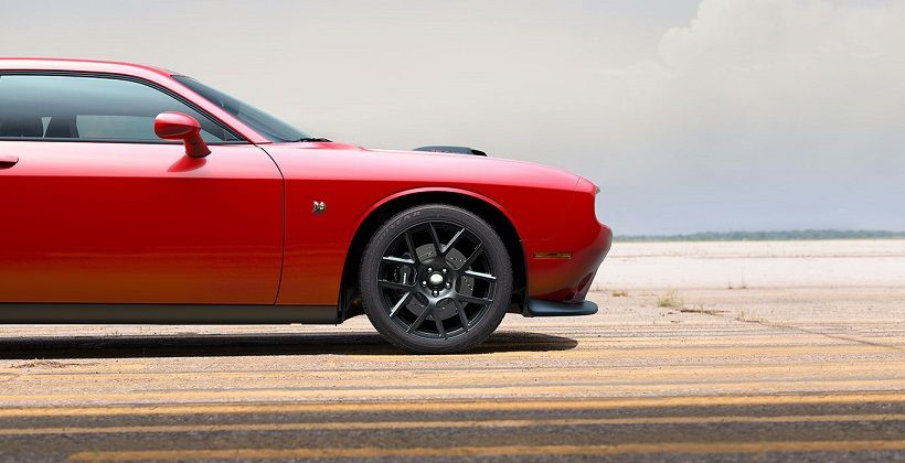 Dodge Challenger 2015, United Arab Emirates