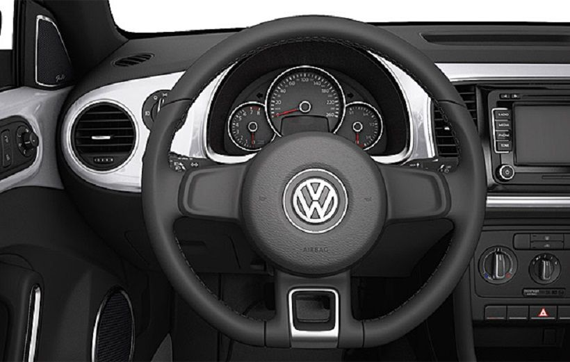 Volkswagen Beetle 2015, United Arab Emirates