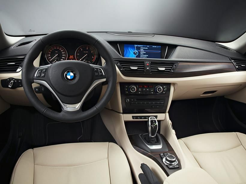 BMW X1 2015, Saudi Arabia