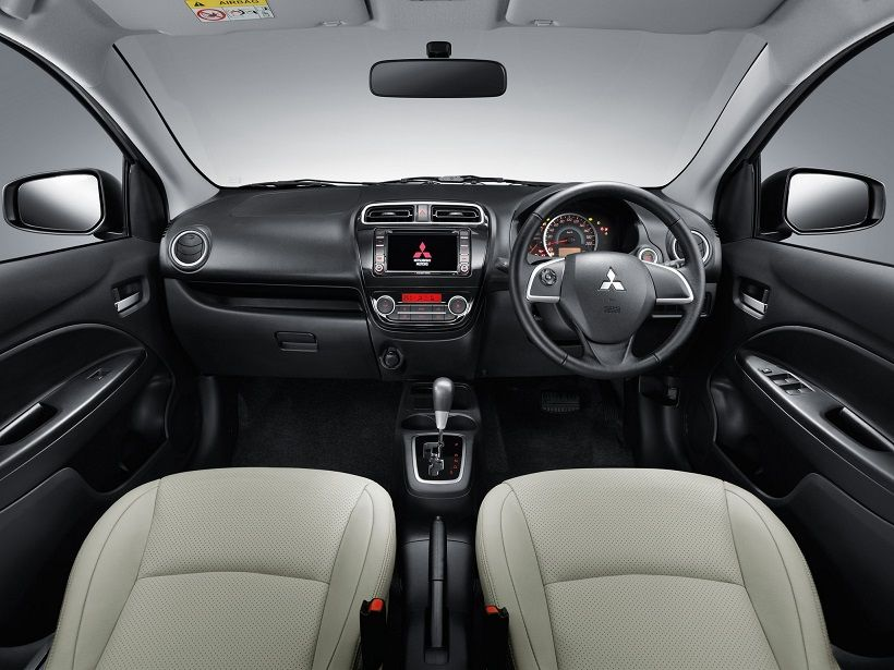 Mitsubishi Attrage 2015, Oman