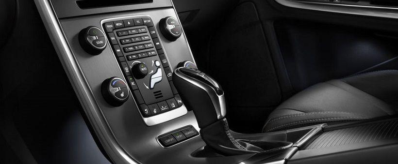 Volvo V60 2015, Oman