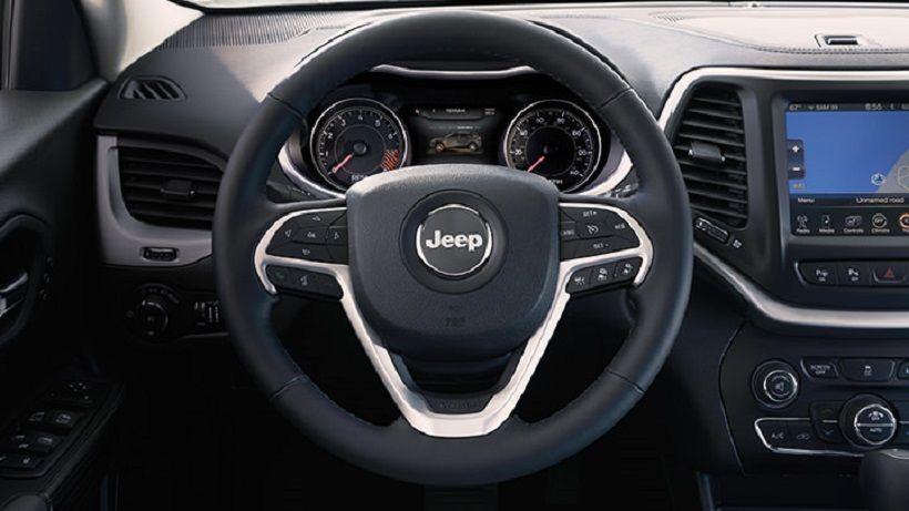 Jeep Cherokee 2015, United Arab Emirates