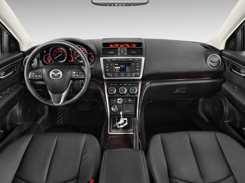 Mazda 6 2012, United Arab Emirates