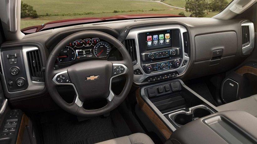 Chevrolet Silverado 2016, United Arab Emirates