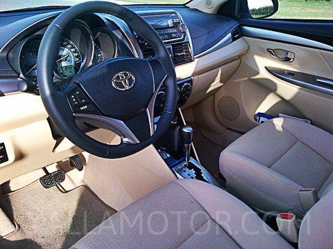 Toyota Yaris Sedan Price In Egypt New Toyota Yaris Sedan Photos And Specs Yallamotor