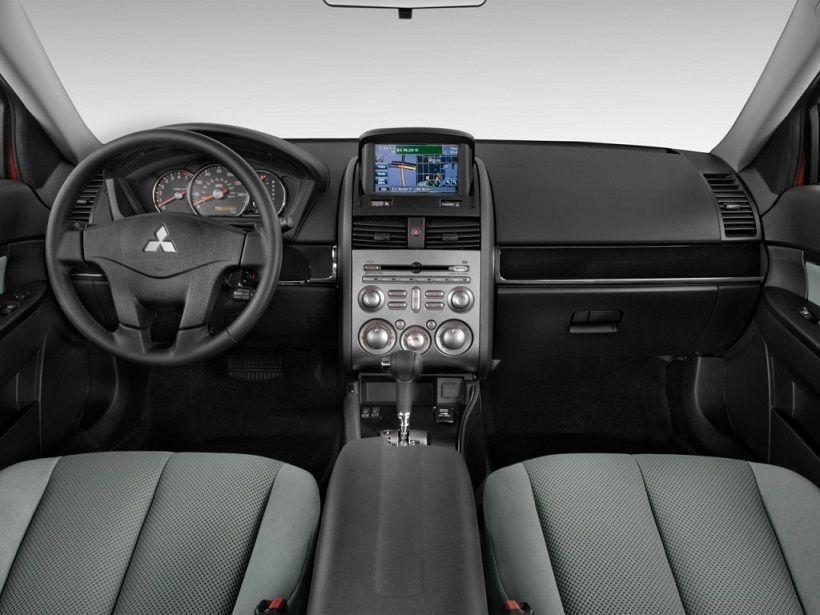 Mitsubishi Galant 2012, Kuwait