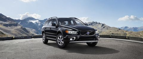 Volvo XC70 2016 T6 in Oman: New Car Prices, Specs, Reviews