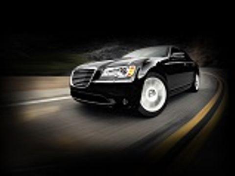 Chrysler 300C 2016 6.4L SRT Vapor , Oman, https://ymimg1.b8cdn.com/resized/car_model/2336/pictures/2459990/mobile_listing_main_Thumb.jpg