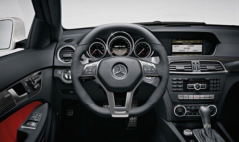 Mercedes-Benz C 63 AMG Coupe 2016, United Arab Emirates