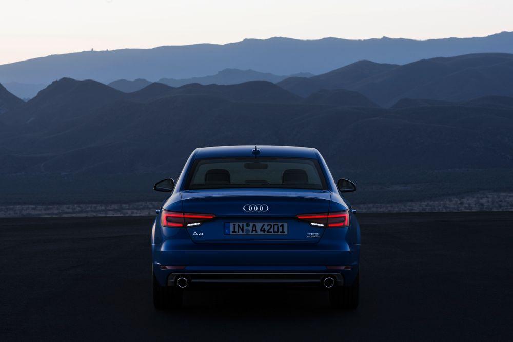 Audi A4 2017, Oman