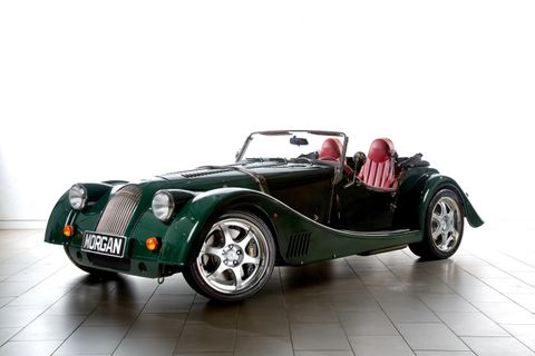 Morgan Plus 8 2017 4.8L Manual in Oman: New Car Prices, Specs, Reviews  & Photos | YallaMotor