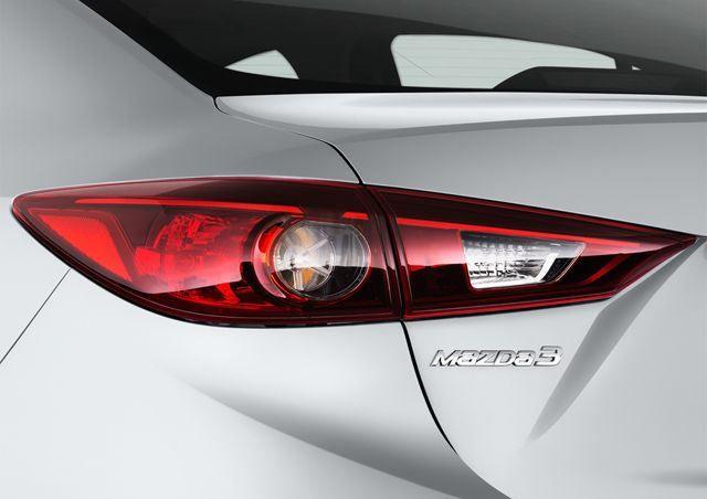 Mazda 3 Sedan 2017, Oman