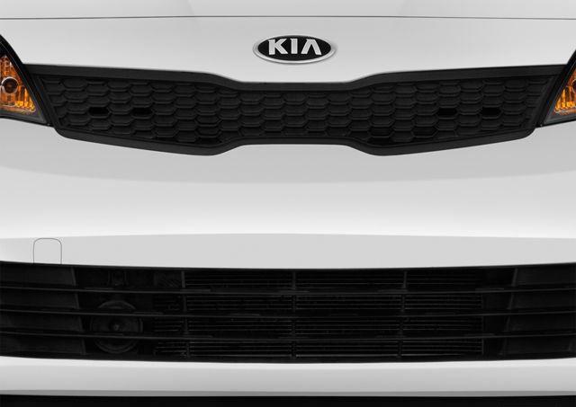 Kia Rio Sedan 2017, Kuwait