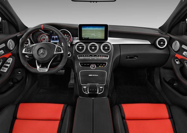 Mercedes-Benz C-Class 2017, Qatar