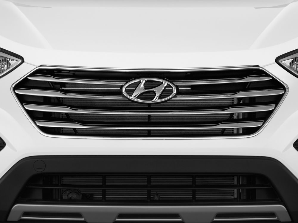 Hyundai Grand Santa Fe 2017, Kuwait