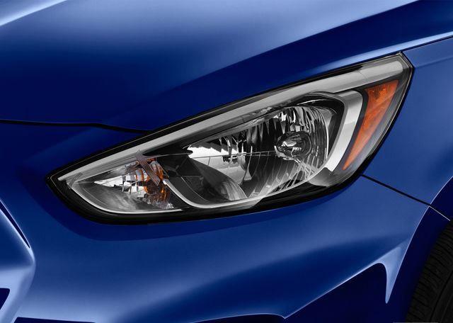 Hyundai Accent 2017, Oman