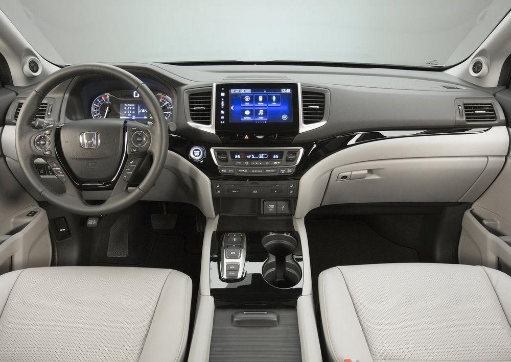 Honda Pilot 2017, United Arab Emirates